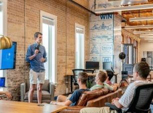 Pitch Startups